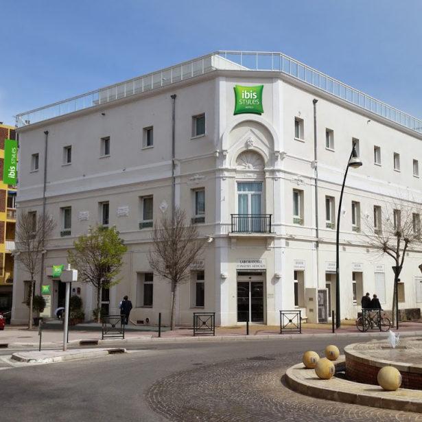 MOE et ensemblier pour le projet de rénovation de l'hôtel Ibis Styles de Hyères